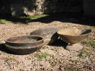 Plats de l'ethnie Floup, Afrique . Ces plats n'existent plus aujourd'hui d'après l'ethnologue Jean Girard.
